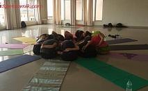 Десет посещения на йога курс с отстъпка от студио МерриДиАн. Отървете се от стреса.