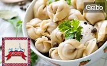 За любители на традиционната руска кухня! Вареники, или пелмени със сметана, плюс квас